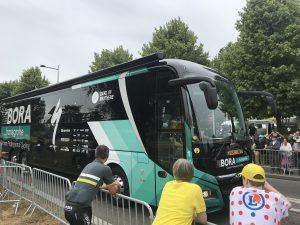 Der Bus kommt!
